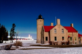 Old_Mackinac_Point_LighthouseV2